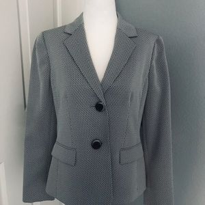 Le Suit Jacket New size 6